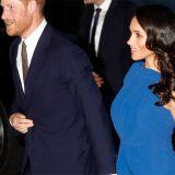 Meghan (in blu) conquista tutti: per People è la donna più elegante del mondo