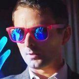 """Muse, il video del nuovo singolo """"Pressure"""" è ispirato al film """"Ritorno al Futuro"""""""