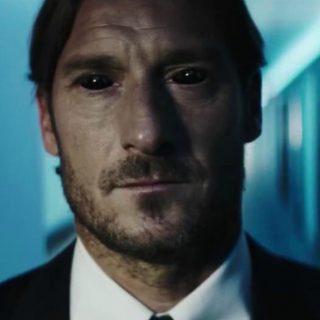 Cinema: anche Totti e De Rossi si trasformano in Venom