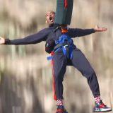 Will Smith festeggia i 50 anni lanciandosi da un elicottero nel Grand Canyon