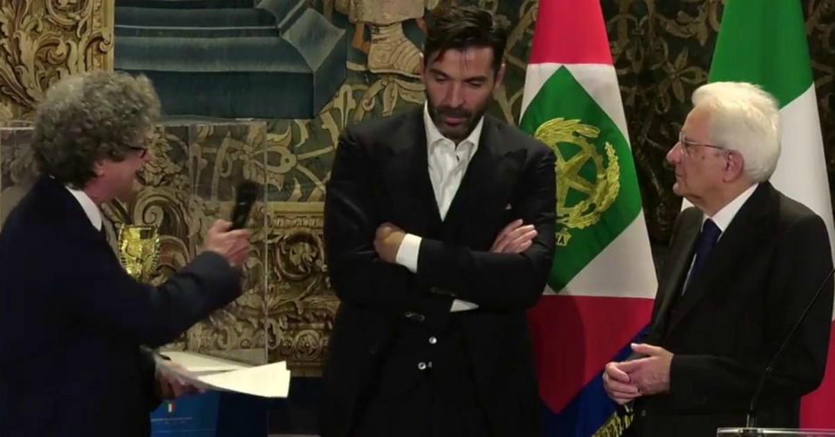 """Buffon e l'invidia di Dani Alves sotto la doccia: """"Darei le mie 5 Champions per il tuo Mondiale"""""""