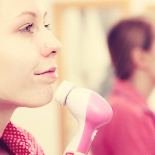Queste piccole spazzole diventeranno indispensabili per voi