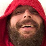Il Rosario della sera: Jovanotti canta sotto la doccia per Fiorello