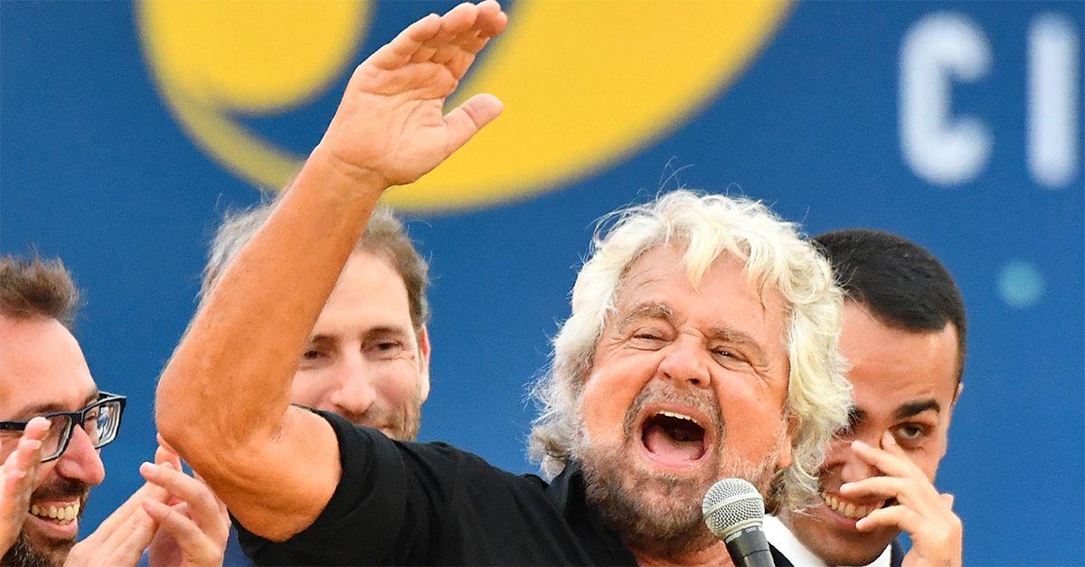 """Ue boccia la manovra italiana, il Beppe Grillo di Ciao Belli: """"Mettete i soldi sotto la mattonella"""""""