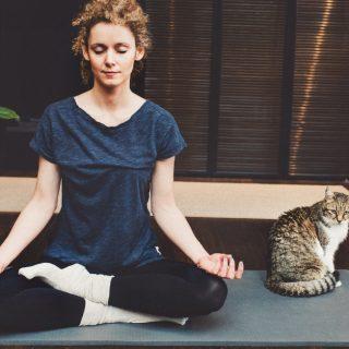 Tutto quello che ti serve per praticare yoga a casa