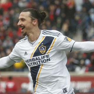 Ibrahimovic premiato per il gol dell'anno in Major League