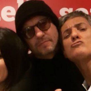 """Biagio e Laura come Al Bano e Romina: cantano """"Felicità"""""""