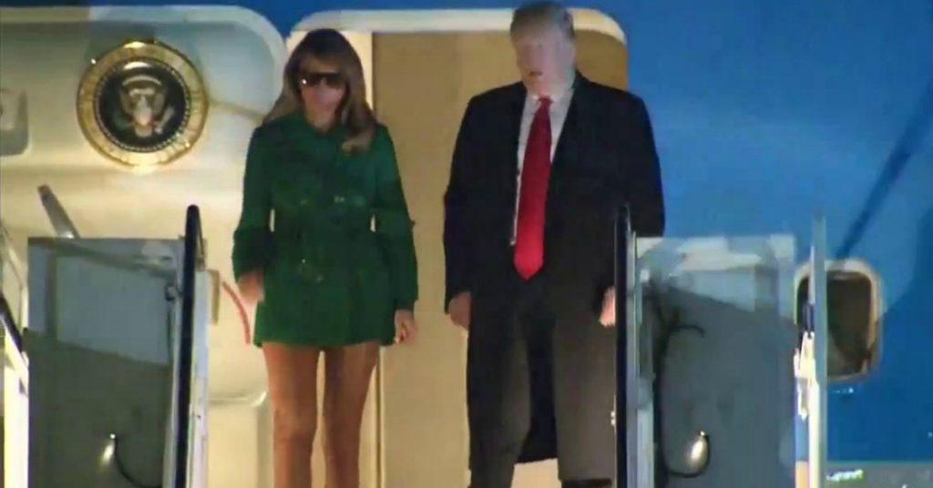 Melania Trump, il look inganna. La minigonna è un`illusione ottica