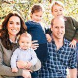 Kate Middleton a colloquio con la Regina: entra a Buckingham Palace alla guida della sua auto