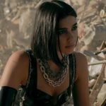 "Dua Lipa, il nuovo video ""Swan Song"" ispirato al film ""Alita"""