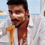 Mariano Di Vaio è l'italiano più bello del mondo. 'Sono una persona umile con una vita semplice'