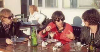 Thegiornalisti 10 anni fa: Tommaso Paradiso 25enne nelle foto postate dal chitarrista
