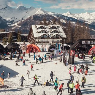 DEEJAY Xmasters Winter Tour arriva a Pila