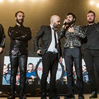 Sorpresa Negramaro, Lele Spedicato sul palco a Rimini