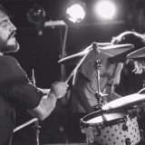 """Lenny Ligabue, il figlio batterista di Luciano suona in """"Start"""": il nuovo album del rocker"""