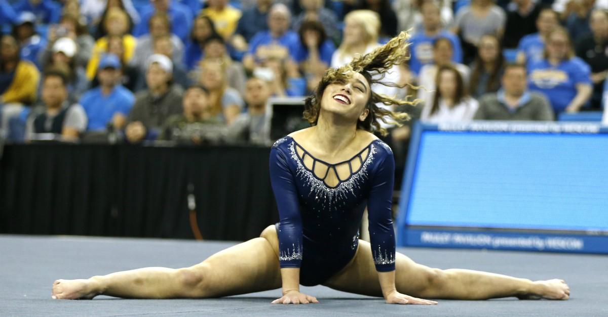 Katelyn Ohashi, un altro 10 per la ginnasta. Il suo esercizio è perfetto