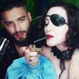"""Madonna a letto con Maluma nel nuovo video """"Medellín"""""""