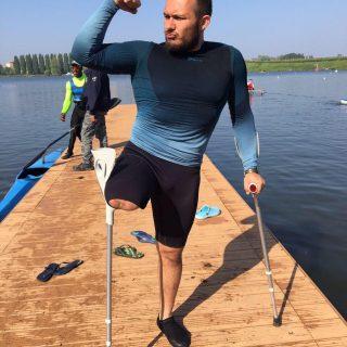 Dall'incidente in moto alla rinascita in canoa: storia di Mirko