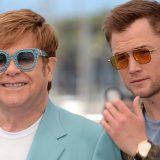 Elton John è arrivato a Cannes per la presentazione del biopic 'Rocketman'