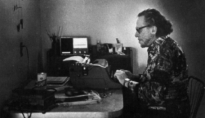 """L'arte di """"ricreare il mondo"""": sette strade per il poeta del terzo millennio"""