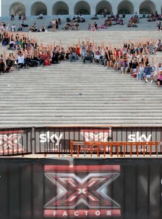 """""""X Factor"""", al via i provini: tutti in coda per la 6a edizione"""