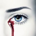 Una lacrima sul viso, ma in 'True Blood' è di sangue...