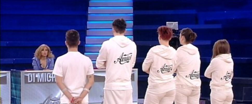 Amici12: verifiche della Prof. Di Michele per i Bianchi, Greta ed Emanuele i peggiori