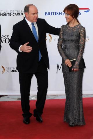 Gabriella Pession e il Principe Alberto per il red carpet di Crossing Lines