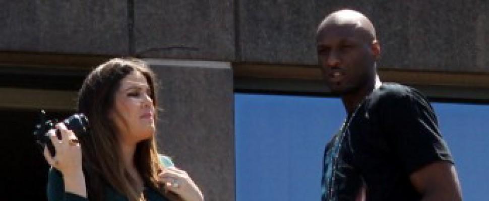 Khloe Kardashian in soccorso del suo Lamar Odom
