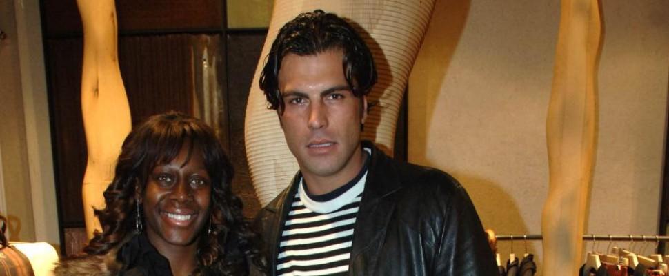 Karim, ex tronista come Mike Tyson: stacca orecchio a morsi al vicino