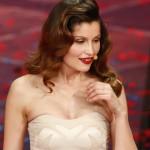 Sanremo 2014, Laetitia Casta sexy in lingerie e Raffaella Carrà si sdoppia