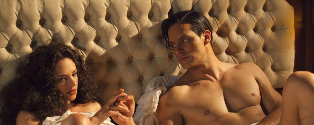 Rodolfo Valentino, accordo raggiunto sul nudo di Gabriel Garko