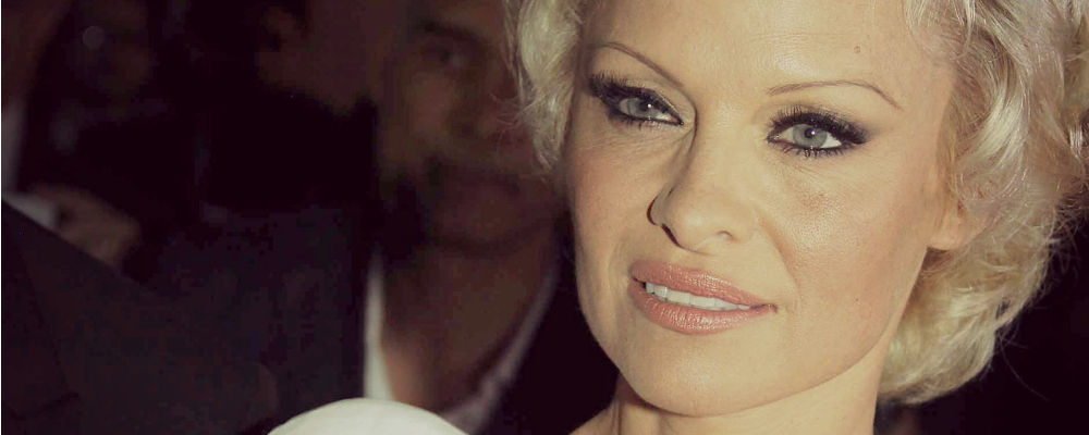 Pamela Anderson: sarà lei l'ultima copertina senza veli di Playboy