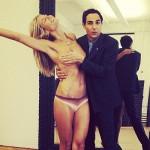 Project Runway, Heidi Klum provoca con un astuto topless