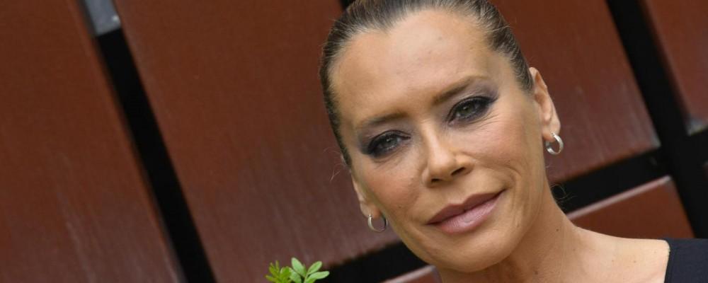 Barbara De Rossi, sopravvissuta alla relazione con un uomo violento