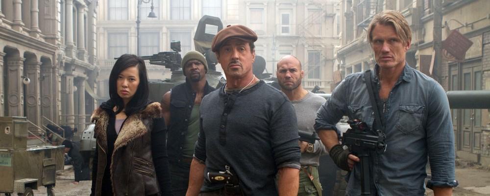 I Mercenari 2: trama, cast e curiosità sul film con tutti gli eroi del cinema d'azione