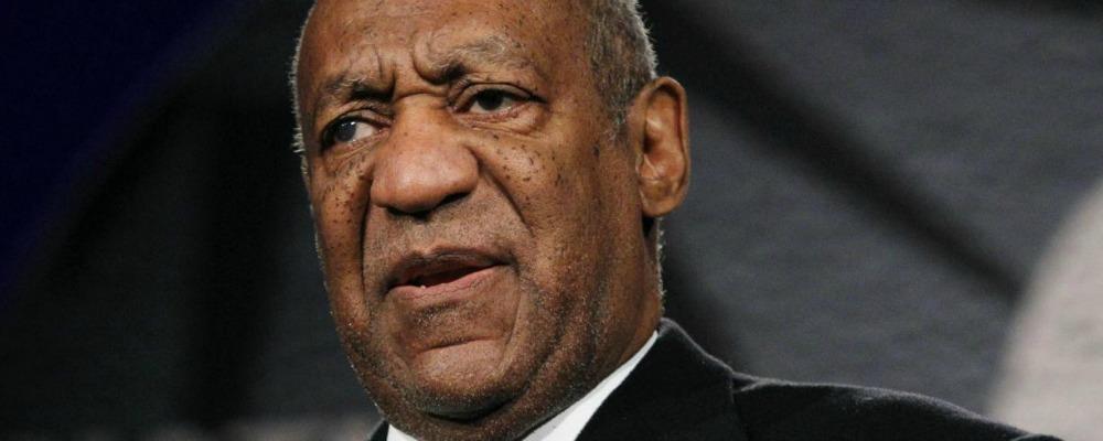 Bill Cosby, emesso il primo mandato d'arresto ma esce su cauzione: 1 milione di dollari