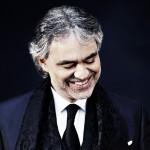 Coronavirus, Andrea Bocelli dona il plasma: 'Io e la mia famiglia tutti contagiati'