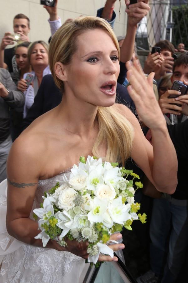 Bouquet Sposa Ilary Blasi.Matrimonio Michelle Hunziker E Tomaso Trussardi Le Immagini Di