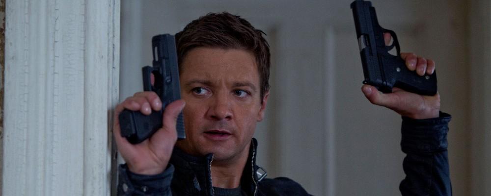 The Bourne Legacy, un eroe in fuga dal controllo dell'autorità