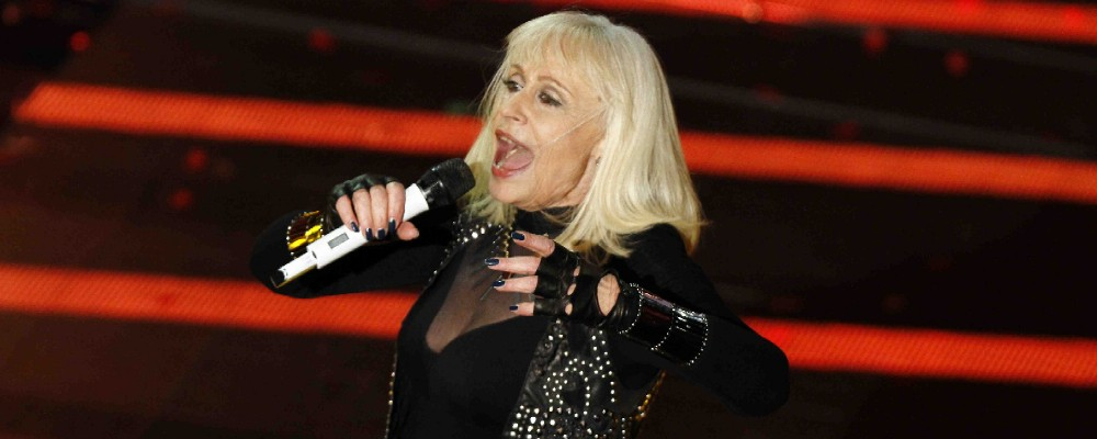 Raffaella Carrà in arrivo una bella sorpresa in tv e un disco