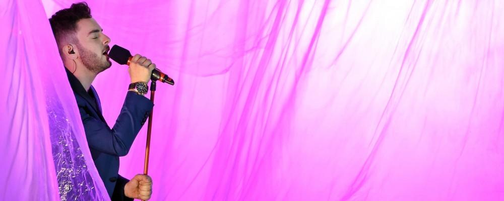 X Factor 8, il vincitore è Lorenzo: ecco chi è l'idolo delle teenagers