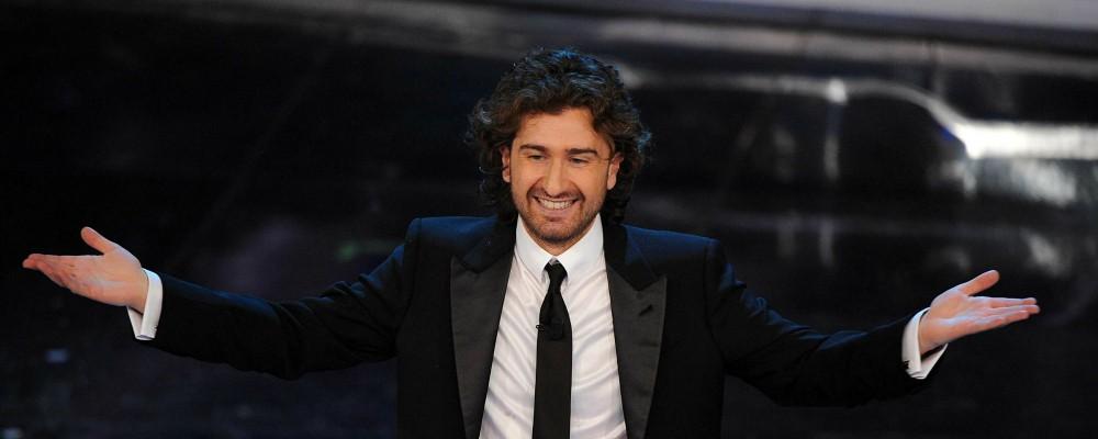 Sanremo 2015, i nuovi ospiti: Alessandro Siani, Pintus, Luca e Paolo