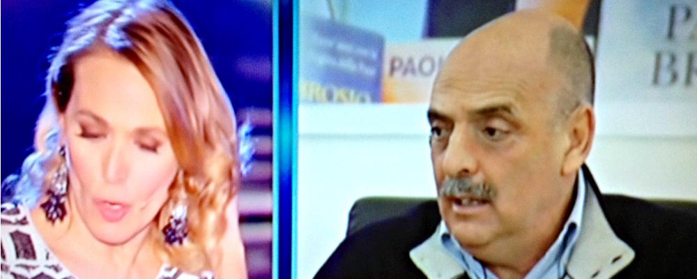 """Paolo Brosio da Barbara d'Urso: """"Ho dato l'ok a Scherzi a Parte solo per beneficenza"""""""