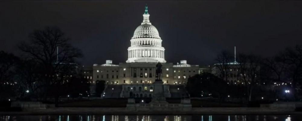 """House of Cards: """"Il peggiore show sulla politica"""". Parola del Washington Post"""