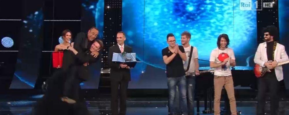 Sanremo, tra i giovani vince Giovanni Caccamo. Tra i big, fuori Raf, Biggio e Mandelli, Lara Fabian e la Tatangelo