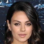 Mila Kunis contro il sessismo a Hollywood: 'Minacciata per non aver posato nuda'