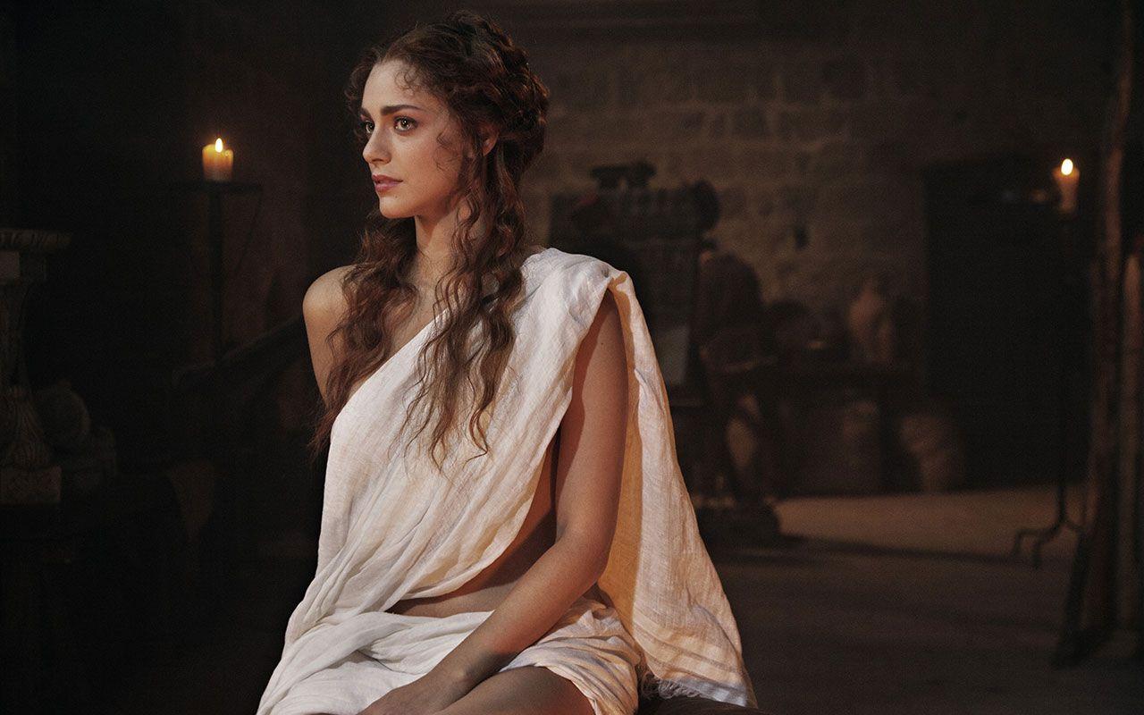 Miriam Leone, la bella lavandaia della serie tv I Medici