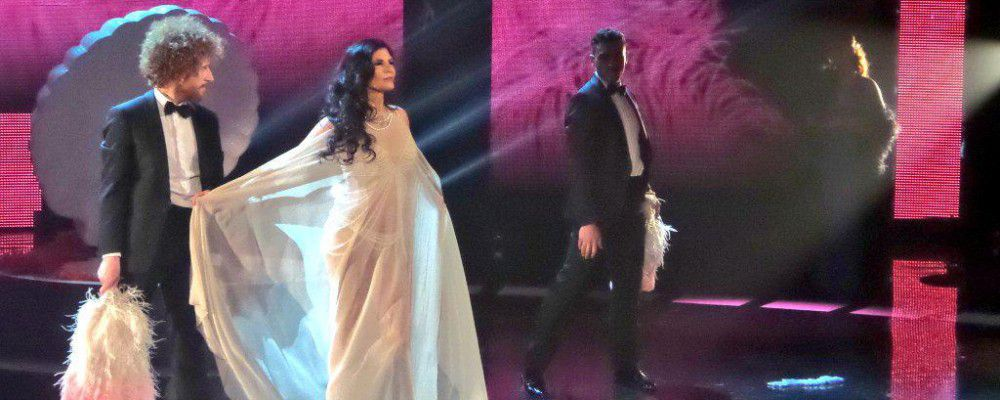 Chi è Pamela Prati, dal Bagaglino a Si può fare per una showgirl senza età