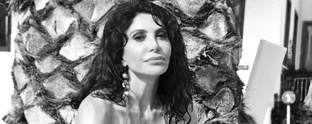 Carmen Di Pietro: 'Col matrimonio ho perso la pensione di Sandro, ora vivo di fitti'